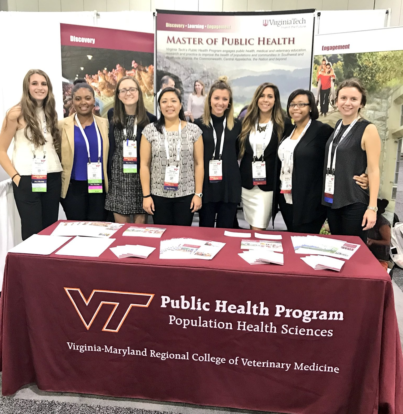 A picture of MPH students at the APHA annual meeting and expo